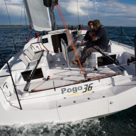 Aminata Pogo 36 poupe mer