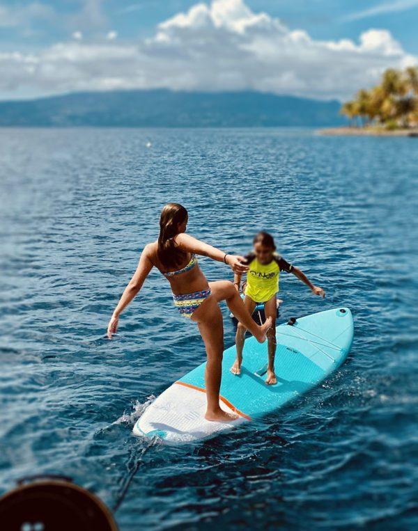 Enfants paddle Guadeloupe Les Saintes