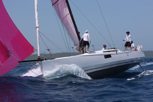 Luna Rosa Pogo 12-50 tribord vague